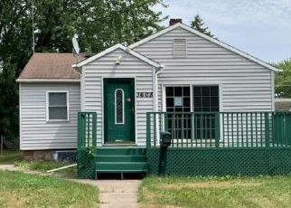 Pre Foreclosure in Hibbing 55746 4TH AVE W - Property ID: 1657347642