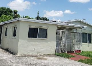 Pre Foreclosure in Homestead 33034 NW 3RD ST - Property ID: 1657377412