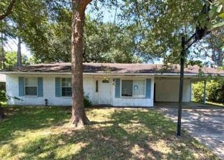 Pre Foreclosure in Baton Rouge 70809 FLEET DR - Property ID: 1657434349