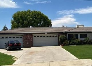 Pre Foreclosure in Bakersfield 93312 LONE OAK DR - Property ID: 1657481210