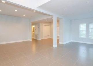 Pre Foreclosure in Orlando 32804 SEMINOLE AVE - Property ID: 1657710271