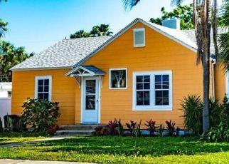 Pre Foreclosure in Saint Petersburg 33708 MIRAMAR AVE - Property ID: 1657742243