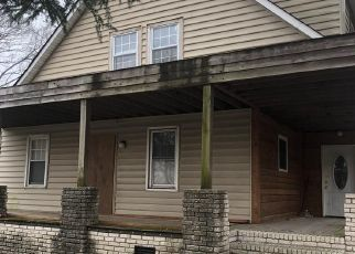 Pre Foreclosure in Norfolk 23509 VINCENT AVE - Property ID: 1658271768