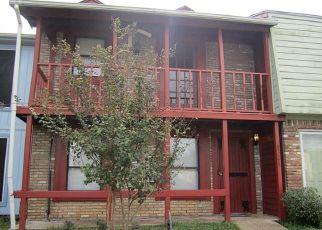 Pre Foreclosure in La Porte 77571 OAKHAVEN RD - Property ID: 1658370303