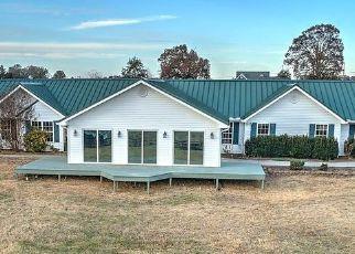 Pre Foreclosure in Chuckey 37641 STOCKTON RD - Property ID: 1658380824