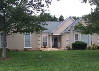 Pre Foreclosure in Charlotte 28216 RED CYPRESS CT - Property ID: 1658417158