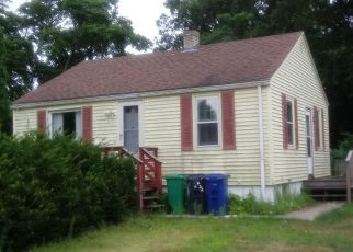 Pre Foreclosure in Warwick 02888 HARRISON AVE - Property ID: 1658491175