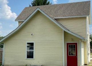 Pre Foreclosure in Glasford 61533 E MAIN ST - Property ID: 1658519207