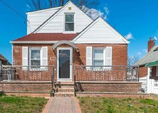 Pre Foreclosure in Elmont 11003 CATHERINE CT - Property ID: 1658764476
