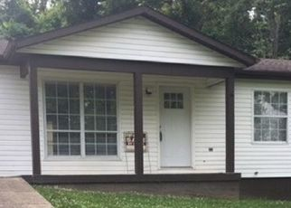 Pre Foreclosure in Ashland 41102 CARLISLE DR - Property ID: 1659017631