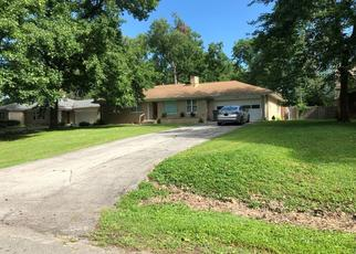 Pre Foreclosure in Indianapolis 46222 HIGHWOODS DR - Property ID: 1659125366