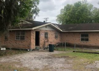 Pre Foreclosure in Lakeland 33803 STATES ST - Property ID: 1659211654