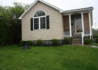Pre Foreclosure in Kingsport 37660 MINTON PL - Property ID: 1659594438