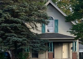 Pre Foreclosure in New Castle 47362 BROAD ST - Property ID: 1659872557
