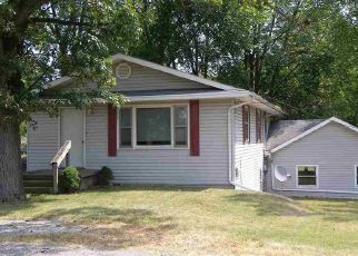 Pre Foreclosure in Warsaw 46580 COUNTRY CLUB RD - Property ID: 1659895329