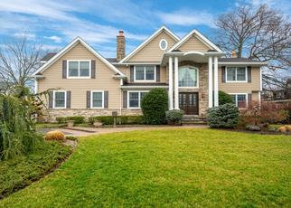 Pre Foreclosure in West Islip 11795 MICHALIS CT - Property ID: 1659925105