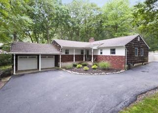 Pre Foreclosure in Huntington Station 11746 DIX HILLS RD - Property ID: 1659933433