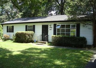 Pre Foreclosure in Medford 11763 PINEGROVE AVE - Property ID: 1659934750