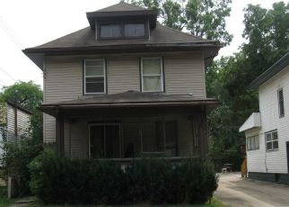 Pre Foreclosure in Lansing 48915 W LAPEER ST - Property ID: 1660059121