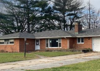 Pre Foreclosure in Merrillville 46410 MADISON ST - Property ID: 1660086282