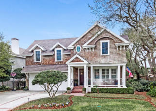 Pre Foreclosure in Atlantic Beach 32233 12TH ST - Property ID: 1660150674