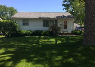 Pre Foreclosure in Cedar Rapids 52405 23RD ST NW - Property ID: 1660164687