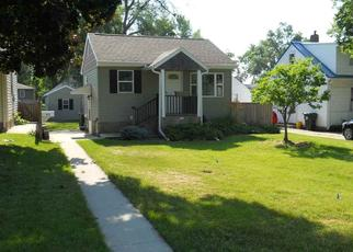Pre Foreclosure in Waterloo 50701 MAGNOLIA PKWY - Property ID: 1660238706