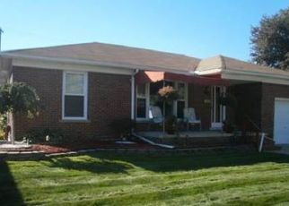Pre Foreclosure in Eastpointe 48021 RAUSCH AVE - Property ID: 1660568946
