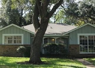 Pre Foreclosure in Houston 77033 FLAMINGO DR - Property ID: 1660713915