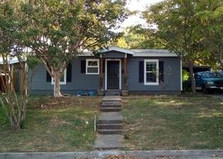 Pre Foreclosure in Fort Worth 76108 DOWNE DR - Property ID: 1660723987