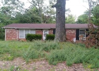 Pre Foreclosure in Clarksville 37042 MEADOWBROOK DR - Property ID: 1660789225