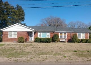 Pre Foreclosure in Huntingdon 38344 HIGHWAY 22 - Property ID: 1660802818