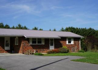 Pre Foreclosure in Crossville 38555 HOUSTON RD - Property ID: 1660815964