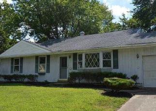 Pre Foreclosure in Sewell 08080 WILLINGBORO RD - Property ID: 1661028369