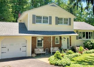 Pre Foreclosure in Rockaway 07866 POND DR - Property ID: 1661107647