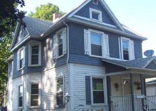 Pre Foreclosure in Lockport 14094 WALNUT ST - Property ID: 1661318754