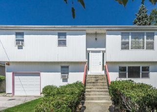 Pre Foreclosure in East Rockaway 11518 3RD AVE - Property ID: 1661365616