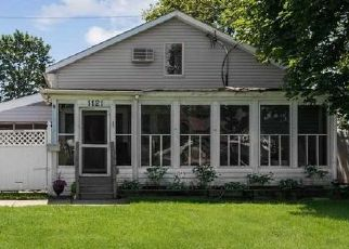 Pre Foreclosure in Woodmere 11598 FULTON ST - Property ID: 1661367805