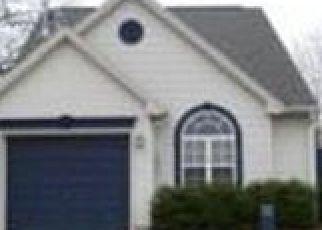 Pre Foreclosure in Newburgh 47630 RIVERWALK CIR - Property ID: 1662186818