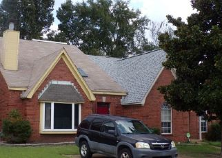 Pre Foreclosure in Memphis 38141 SUNNY MORNING DR - Property ID: 1662254252