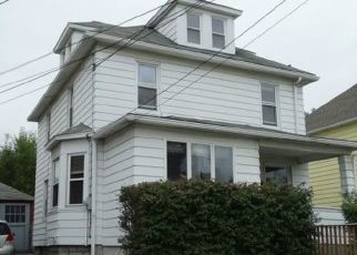 Pre Foreclosure in Endicott 13760 SQUIRES AVE - Property ID: 1662462741