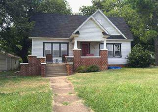 Pre Foreclosure in Purcell 73080 N 3RD AVE - Property ID: 1662553842