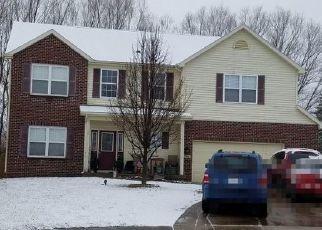 Pre Foreclosure in Fort Wayne 46815 BRICKSHIRE PKWY - Property ID: 1662892384