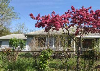 Pre Foreclosure in Westland 48186 PALMER RD - Property ID: 1663248909