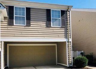 Pre Foreclosure in Virginia Beach 23462 FILBERT WAY - Property ID: 1663276491