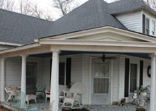 Pre Foreclosure in Petersburg 37144 COLLEGE ST - Property ID: 1663351379