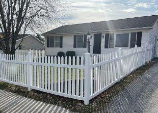 Pre Foreclosure in New Oxford 17350 BILLERBECK ST - Property ID: 1663571692