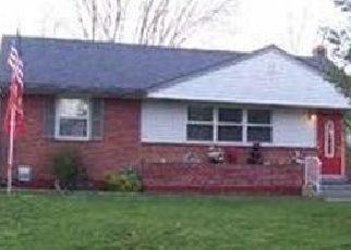 Pre Foreclosure in Mechanicsburg 17055 E MARBLE ST - Property ID: 1663611990