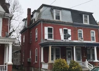 Pre Foreclosure in Reading 19606 FRIEDENSBURG RD - Property ID: 1663661919