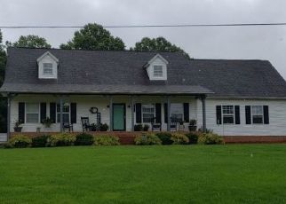 Pre Foreclosure in Pilot Mountain 27041 OLD WINSTON RD - Property ID: 1663867761